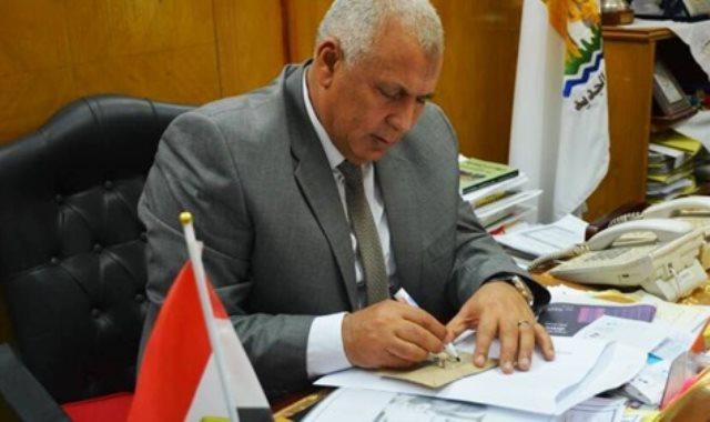 اللواء محمد سالمان الزملوط محافظ الوادي الجديد