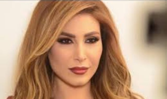المطربة اللبنانية يارا