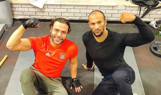 محمد إمام فى الجيم مع كرم جابر