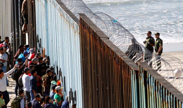 الحدود الأمريكية المكسيكة