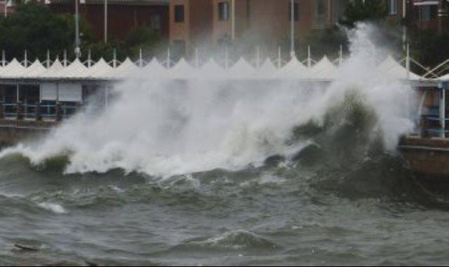 اعصار مائى