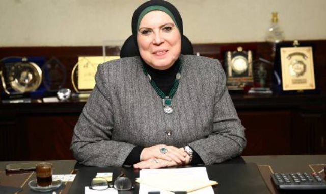 الدكتورة نيفين جامع رئيس جهاز المشروعات الصغيرة ومتناهية الصغر