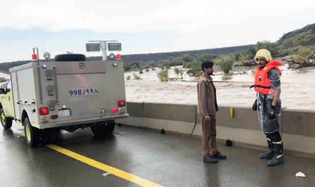 السيول تضرب محافظة الليث في السعودية