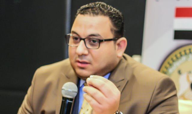كريم عادل رئيس مؤسسة العدل الدولية للدراسات