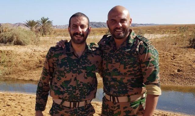 أحمد صلاح حسني ومحمد فراج في فيلم الممر