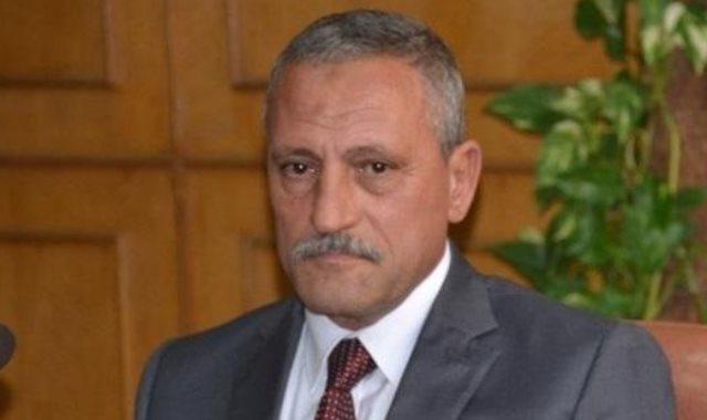 اللواء حمدى عثمان محافظ الاسماعيلية,