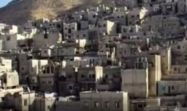 المناطق العشوائية بالقاهرة الكبرى