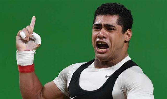 محمد إيهاب لاعب منتخب مصر لرفع الأثقال