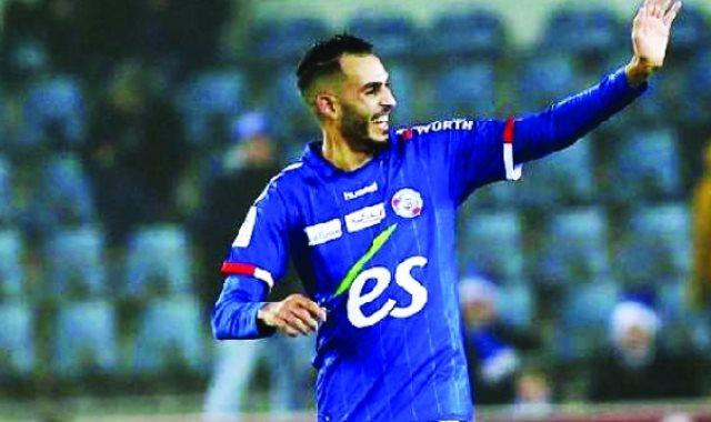 اللاعب المغربي خالد بوطيب