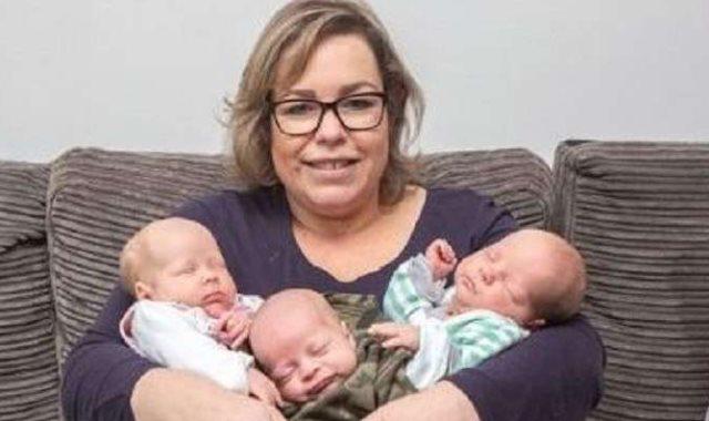 أم وأطفالها
