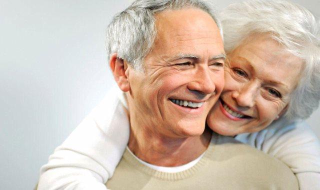 العلاقات الزوجية بين كبار السن