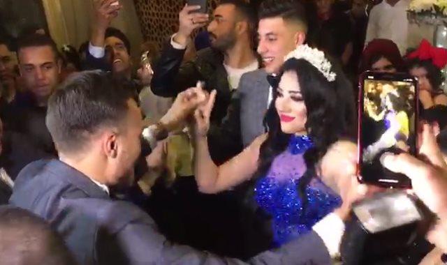 رقص محمد عنتر ودنيا الحلو