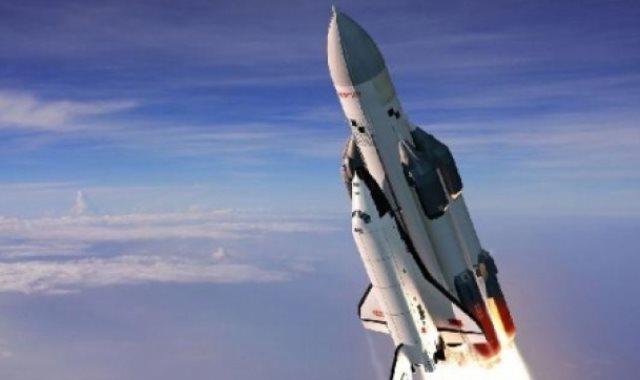صاروخ فضائى – أرشيفية