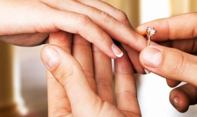 في اليوم العالمي للمتزوجين.