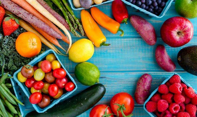 أسعار الخضروات والفاكهة في سوق العبور