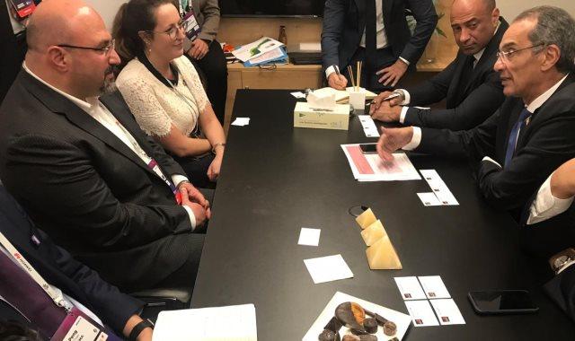جانب من اجتماع وزير الاتصالات مع مدير GSMA