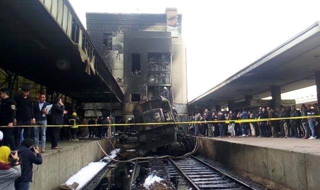 القطار المحترق فى محطة مصر