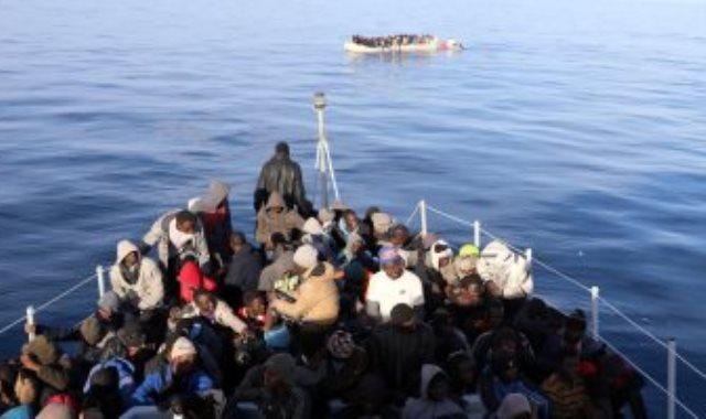 مهاجرين غير شرعيين أرشيفية