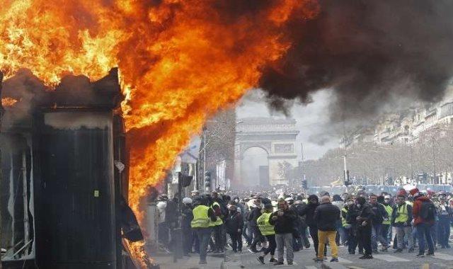 احداث باريس