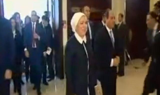لحظة وصول الرئيس السيسى مقر احتفالية تكريم المرأة المصرية