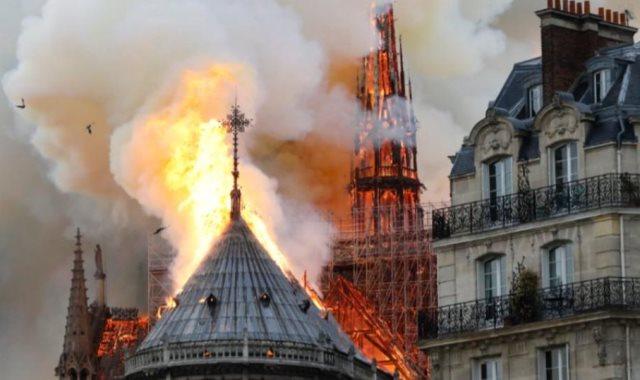 حريق كاتدرائية نوتردام