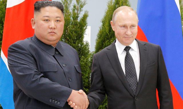 الرئيس الروسي فلاديمير بوتين وزعيم كوريا الشمالية كيم جونج أون.
