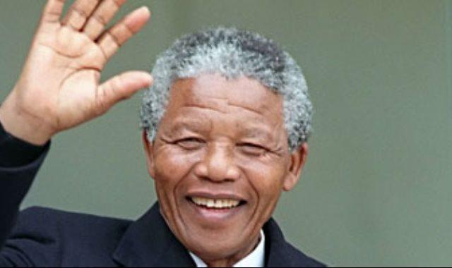 الزعيم الأفريقي نيلسون مانديلا