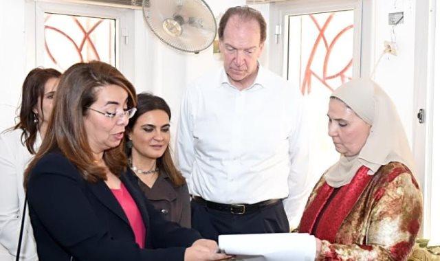 غادة والي وزيرة التضامن مع رئيس البنك الدولي