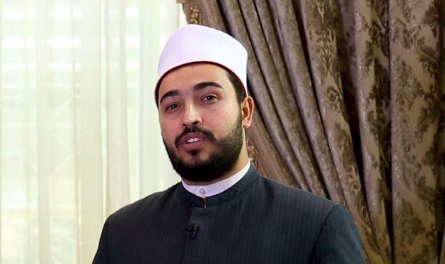 الشيخ السيد عرفة عضو مركز الازهر العالمى للفتوى الالكترونية