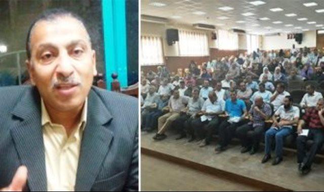 محمود يوسف مدرس اللغة الفرنسية