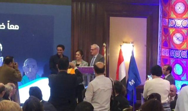 آسر ياسين خلال تواجده فى الحفل