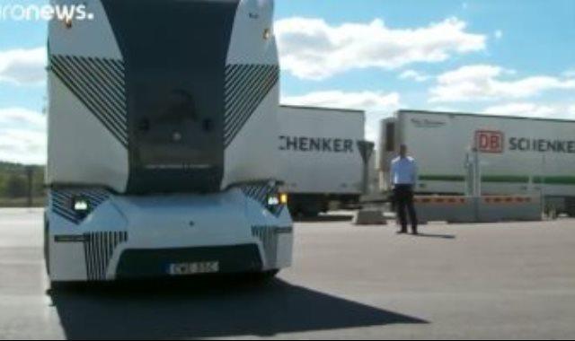 شاحنة كهربائية بدون سائق