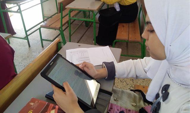 الطلاب فى الامتحان