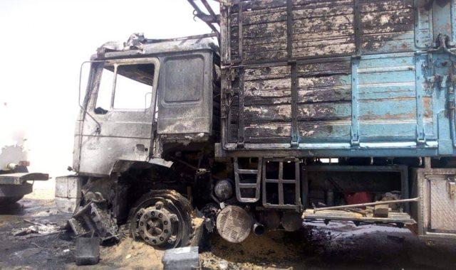 الشاحنة المحترقة