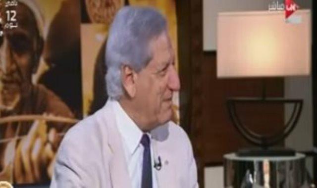 الدكتور فخرى الفقى عضو مجلس إدارة البنك المركزى