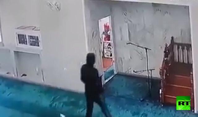لصوص يسرقون محتويات مسجد بالجزائر
