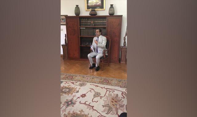 الدكتور أنور مغيث رئيس المركز القومى للترجمة
