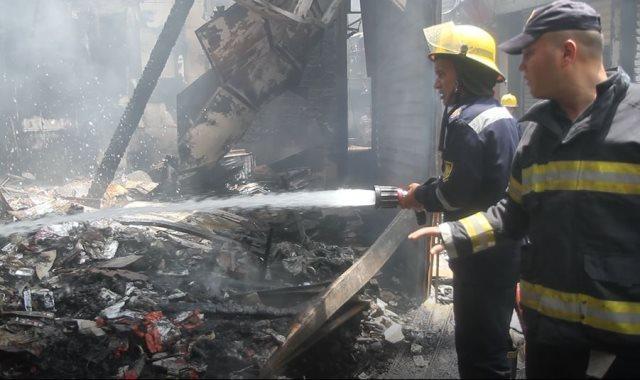 جانب من الحريق