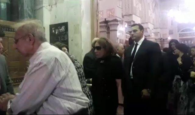 لبني عبد العزيز