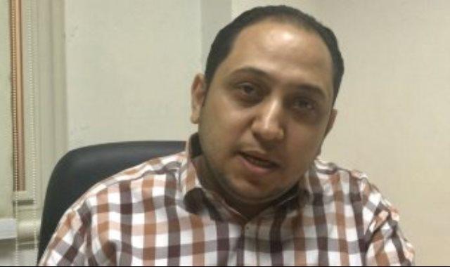 الدكتور أحمد عبد الفتاح مدير إدارة المستشفيات
