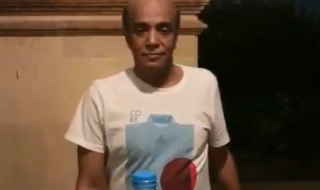 سليمان عيد يشارك في تحدي غطاء الزجاجة