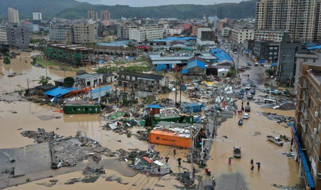 جانب من إعصار ليكيما