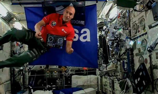 رائد الفضاء الإيطالى