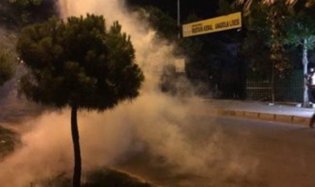 الشرطة التركية تفرق المحتجين على استبدال رؤساء البلديات الأكراد