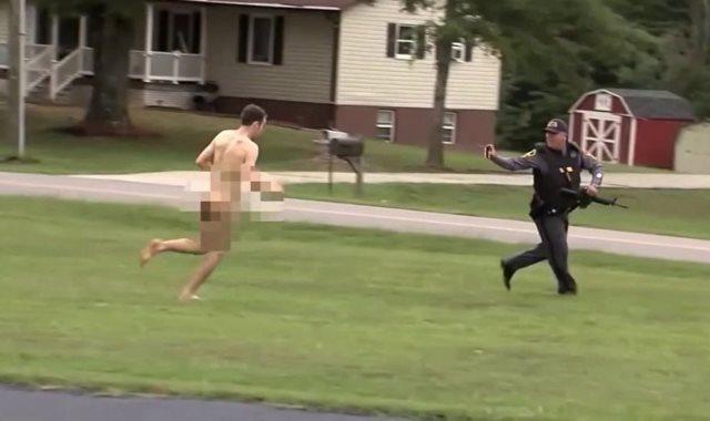 القبض على شاب عارياً بعد مطاردته مع شرطة فرجينيا
