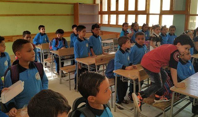 تسكين  التلاميذ بأول يوم دراسى