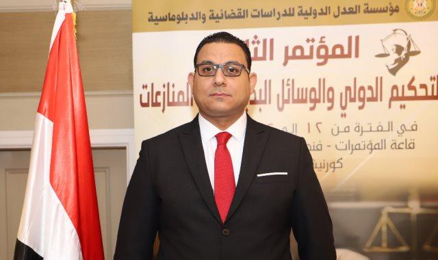 كريم عادل رئيس مجلس أمناء مؤسسة العدل الدولية