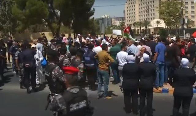 إضراب معلمي الأردن
