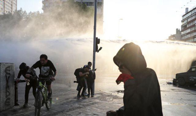 جانب من المظاهرات فى تشيلي