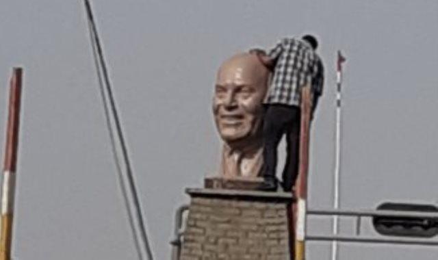 تمثال مجدي يعقوب